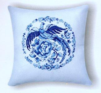 Подушка Синяя Гжель вышивка крестом.jpg