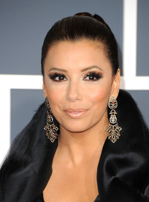 Eva+Longoria+Makeup+False+Eyelashes+hkKLQq0eF5dl.jpg